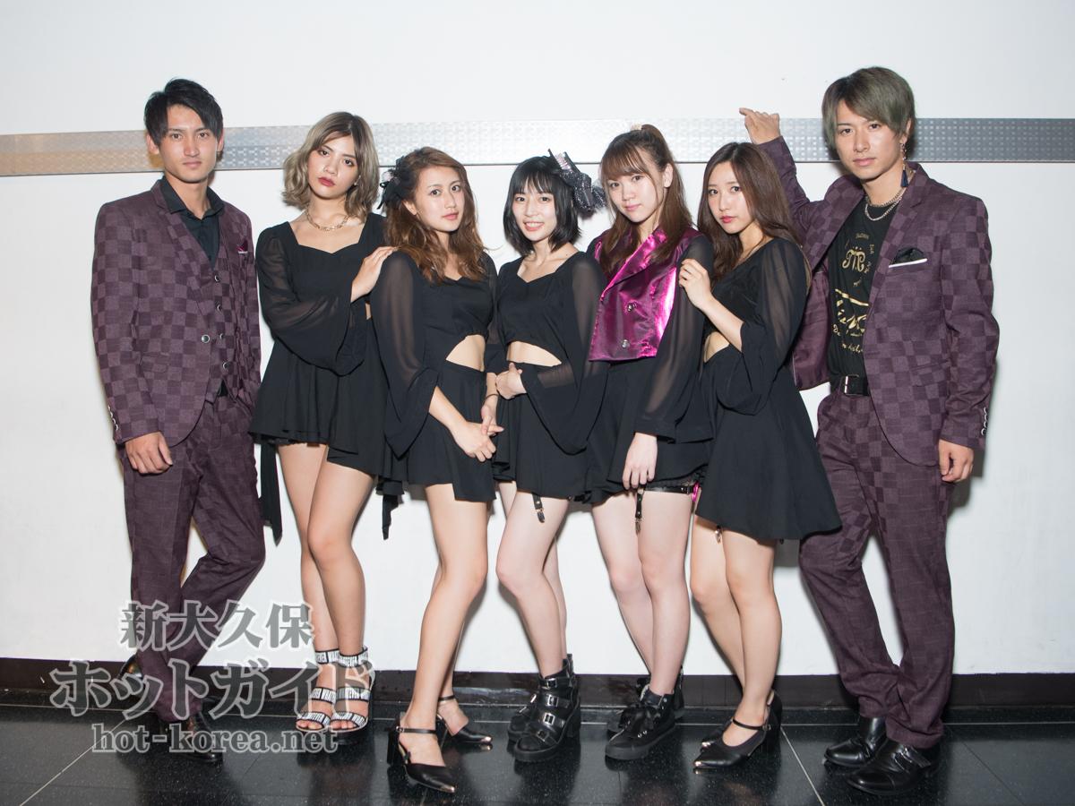 左から) Yuki / ViENNA / Chiaki / PiTii / LisA / REEi / Takiy