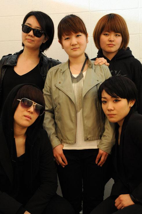 (上左から) G-Na / M.I / Asong (下左から) HI.Ro.P / Ayang
