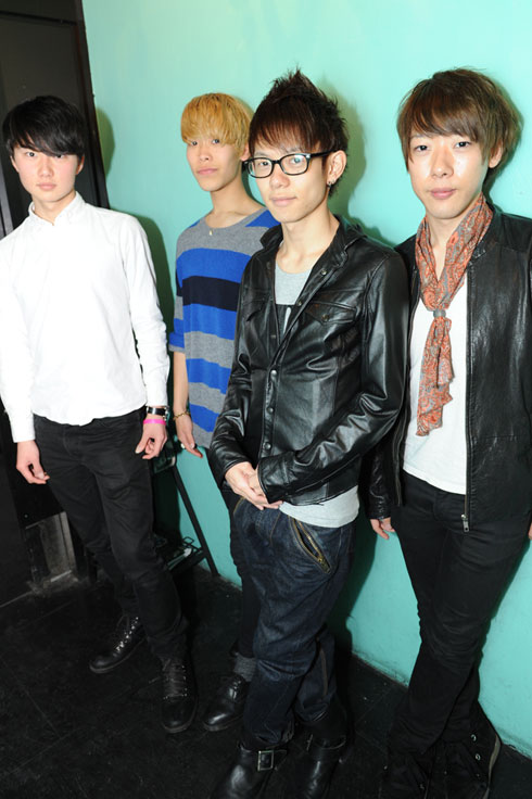 左から:ユリ(リーダー) / ジェシカ / スヨン / ヒョヨン