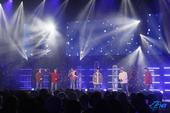 韓国の6人組ボーイズグループ TEEN TOP、クリスマスコンサートを開催