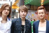 韓国男子アーティストグループ育成プロジェクト「K-Produce」メンバーが新大久保駅前に登場