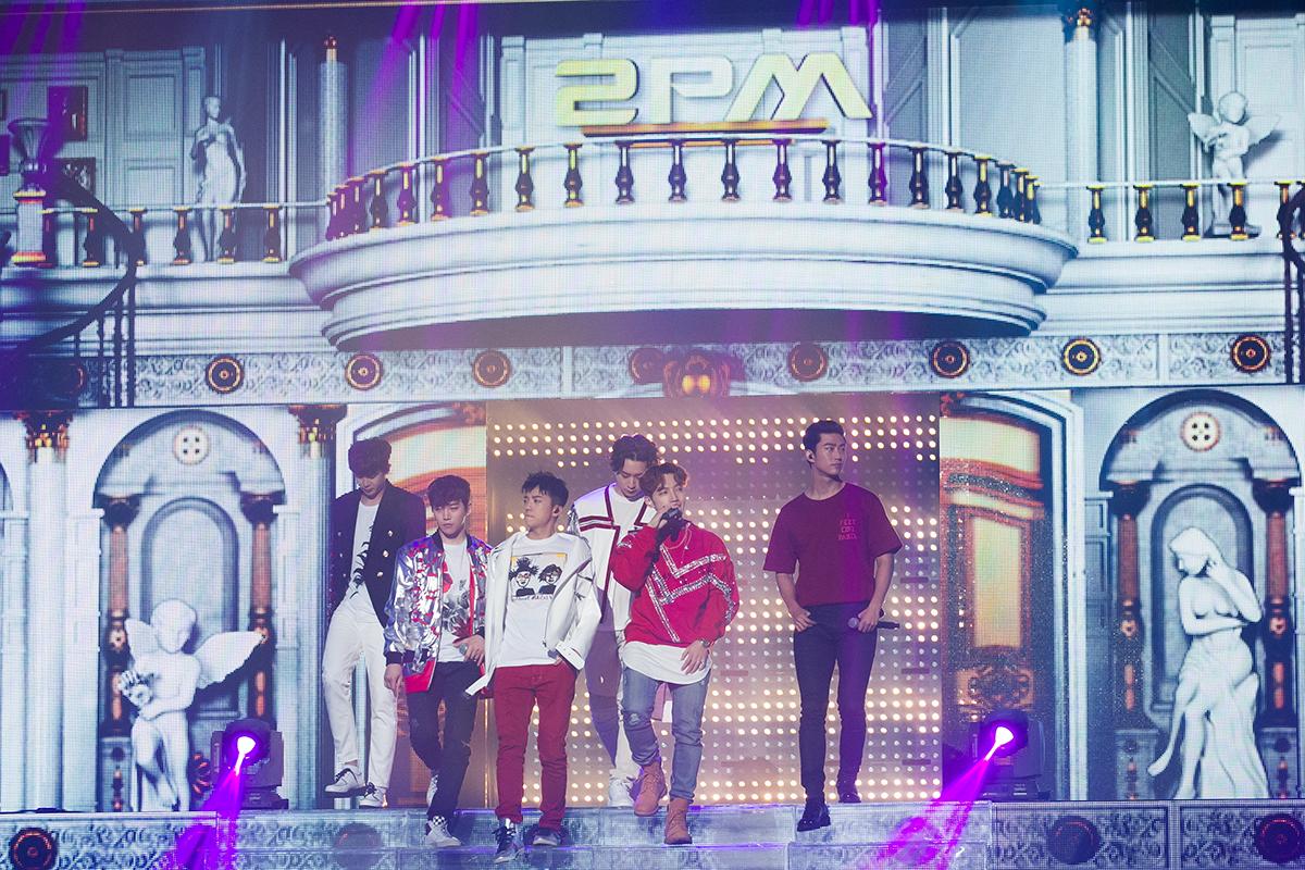 KCON 2016 Japan_2PM (1)